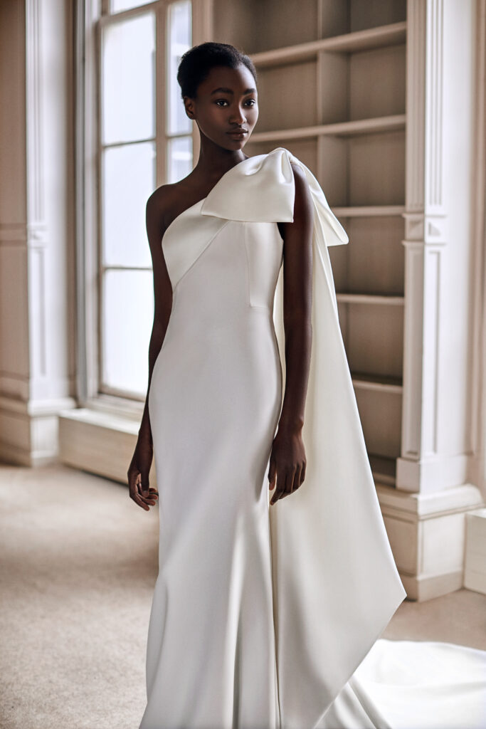 Viktor & Rolf SS21 ONE SHOULDER BOW FIT AND FLARE
